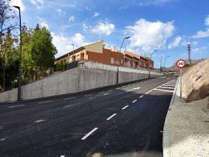 1-300x225 TAREAS DE ASFALTADO Y SEÑALIZACIÓN EN BARRIO DE LA SALUD